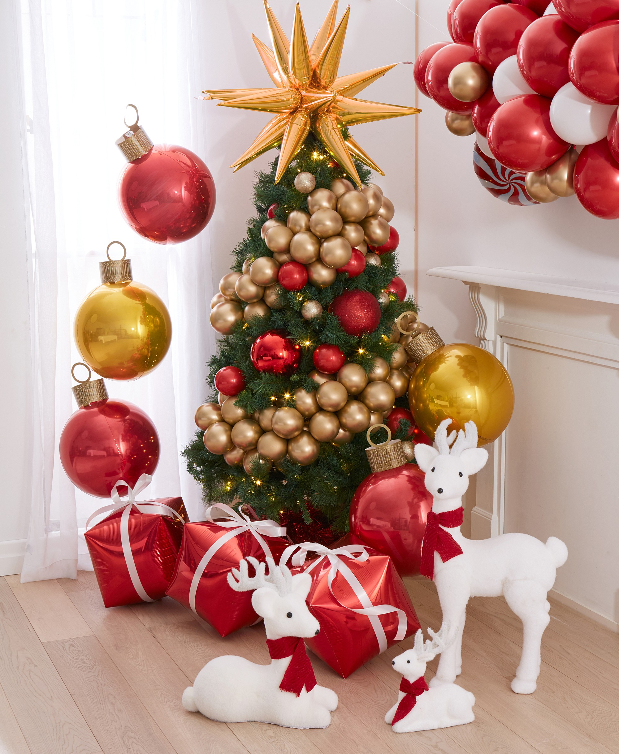 4 Christmas Tree Decoration Ideas For 2019 Party Supplies Decorations Costumes Lombard The Paper People